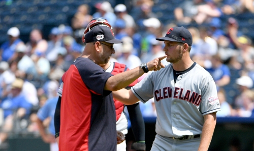 Chris Welsh's reaction to Indians' Trevor Bauer heaving ball over wall: 'That guy cares'