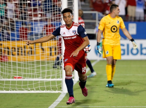 Wild night in Frisco: Pair of late goals from Brandon Servania lift FC Dallas over Minnesota United 5-3