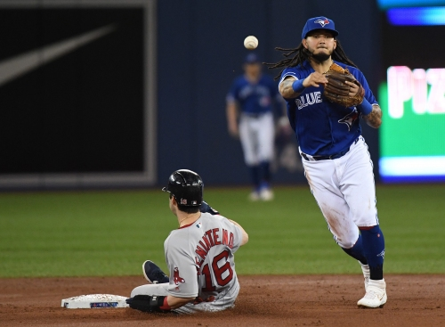 Freddy Galvis expected to play mostly second base with the Cincinnati Reds