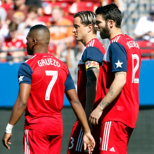Zlatan Ibrahimovic scores twice as FC Dallas gets blanked again in loss to Galaxy