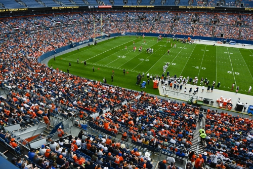 Monday night's 49ers-Broncos game likely will be among hottest ever at Mile High