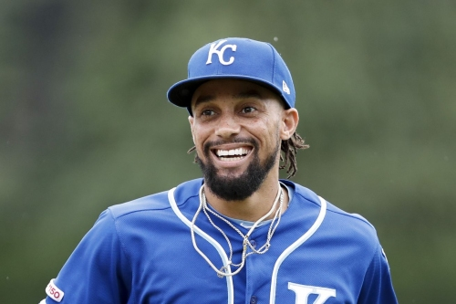 Braves claim Billy Hamilton off waivers from Royals