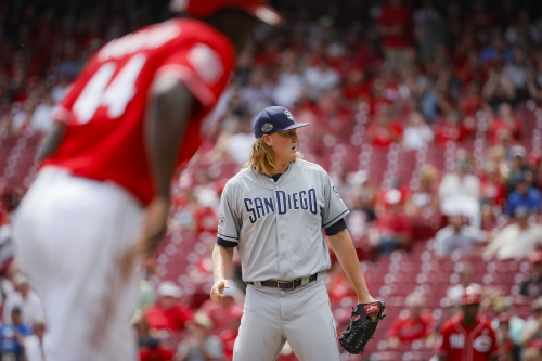Padres drop series to Reds, finish road trip 3-3