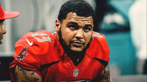 Buccaneers WR Mike Evans absent from Friday practice with illness, plans to play on Sunday