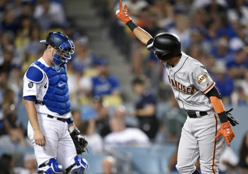Mauricio Dubón crushes Clayton Kershaw, Bruce Bochy puts on a clinic in Giants win