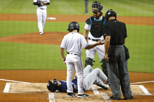 Cardinals notebook: Injuries to Yelich, Baez complicate division rivals' pursuit of Redbirds
