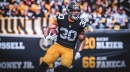 Steelers RB James Conner's knee isn't believed to be serious, according to teammates