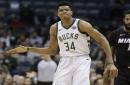 Report: Warriors 'a big threat' to sign Bucks' Giannis Antetokounmpo