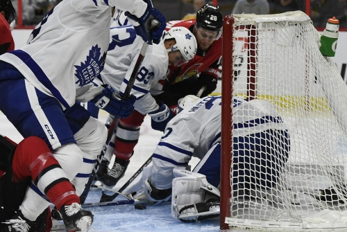 Matthews scores a pair but Maple Leafs drop second straight to Senators