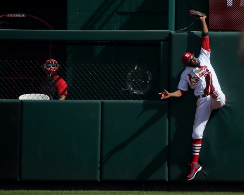 Elder statesmen shine: Over-30 crowd lifts Cardinals to victory