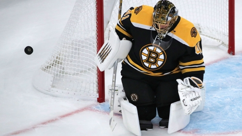 Halak makes 29 saves to lead Bruins to shutout of Devils