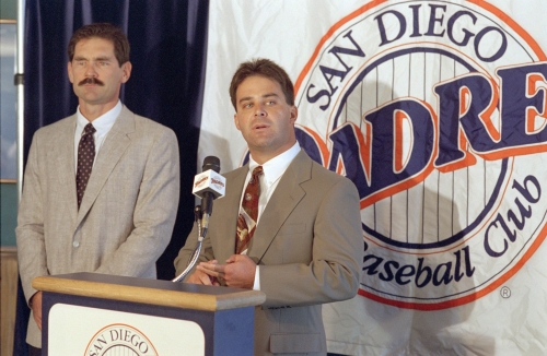 Column: Padres can learn from hiring of managers Bruce Bochy, Dick Williams