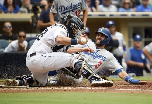 Column: Large gap between Padres, Dodgers more complex than pocketbooks