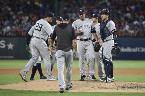 Pitching falters in Texas, Yankees fall to Rangers 9-4