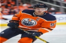 Oilers' Connor McDavid scores game-winner in opener with Canucks