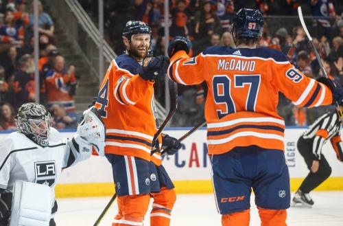 McDavid, Neal lead Oilers past Kings in offensive slugfest