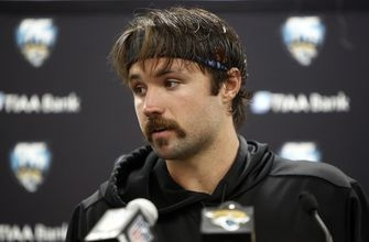 Despite loss, Minshew continues to bring fight for Jaguars