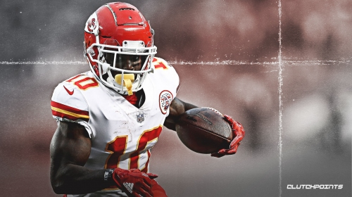 Chiefs have to make sure everything is 'stable' in Tyreek Hill's shoulder