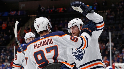 James Neal scores four goals to lead Oilers past Islanders