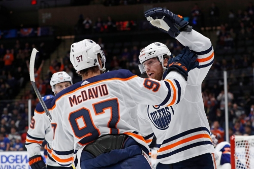 James Neal in the spotlight with 4 goals in Oilers' win