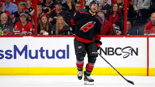 Hurricanes' Jordan Martinook out six to eight weeks after surgery