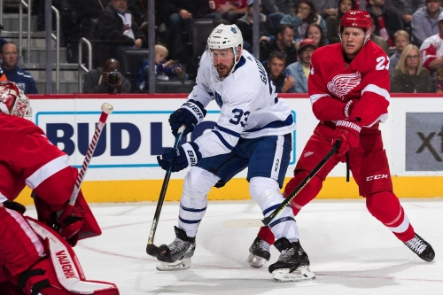 Lower lines lift the Maple Leafs past the Red Wings