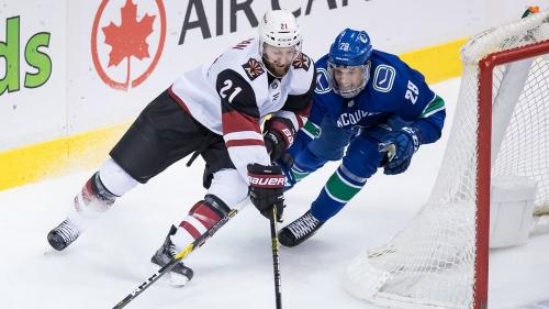 Canucks recall defenceman Ashton Sautner from AHL