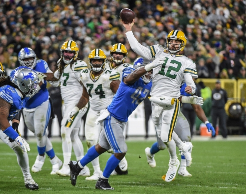 Detroit Lions flagged after this Packers player alerted umpire to potential penalty