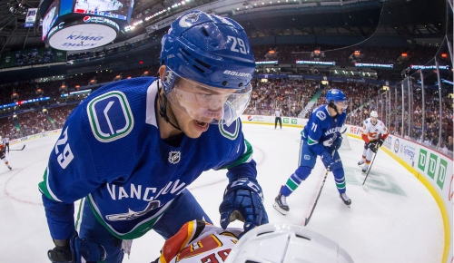 Canucks call up Zane McIntyre and Ashton Sautner from the Utica Comets