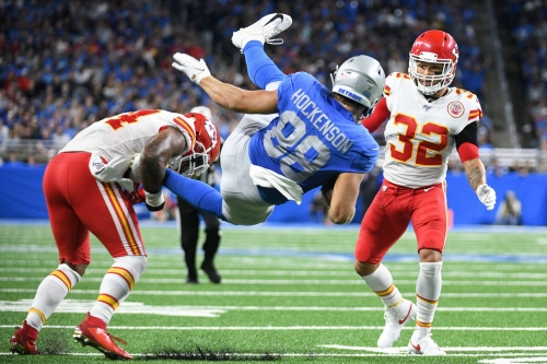 Detroit Lions' T.J. Hockenson won't stop hurdling opponents after concussion