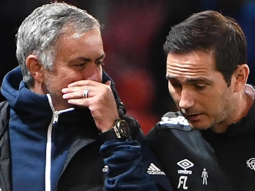 Frank Lampard reveals Jose Mourinho texts after former boss 'had a go' following Chelsea's defeat to United
