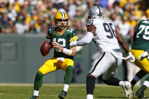 Raiders week six report card: Aaron Rodgers schools Raiders defense