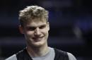 Ex-Wildcat Lauri Markkanen drops a double-double in Chicago Bulls' season opener vs. Hornets