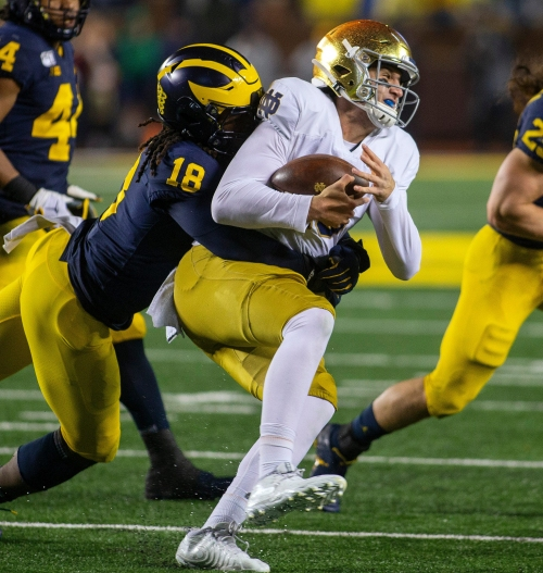 Michigan's Luiji Vilain missed 2 years with knee surgeries: 'Football was a little easier'