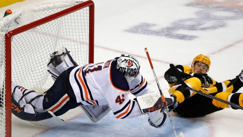 Smith's swagger offers fuel for Oilers in overtime win over Penguins