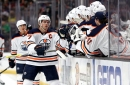 McDavid scores hat trick, reaches 400 points in Oilers blowout win over Ducks