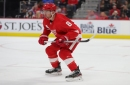 Detroit Red Wings' Justin Abdelkader (mid-body injury) out 3 weeks; Givani Smith recalled