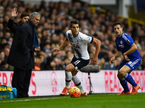 Jose Mourinho: Chelsea captain Cesar Azpilicueta wishes old manager well at Tottenham