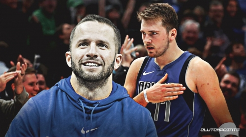 Mavs' J.J. Barea says Luka Doncic isn't forcing 'crazy s**t,' is making triple-doubles 'look easy'