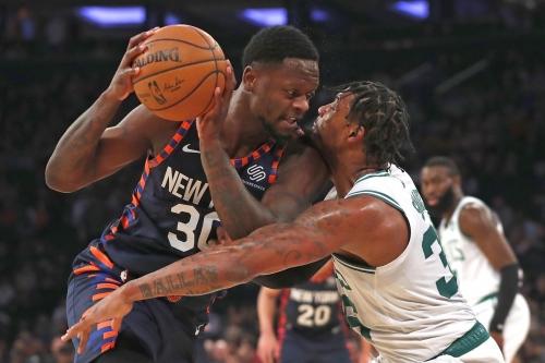 Must C's: Marcus Smart leaves game vs. Knicks