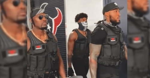 Texans' linebackers show up in SWAT uniforms for SNF vs. Patriots