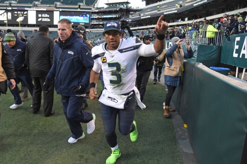 Seahawks stand tall as NFL's last undefeated road team