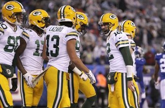 Rodgers, Packers find winning form against Giants