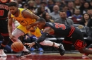 Warriors execute late, hold on to beat Bulls 100-98