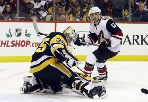 Den's Digest: Coyotes lost goaltending duel to Penguins