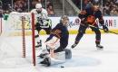 Koskinen slams the door as Oilers eke out win against Kings