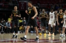 Mizzou pulls away late from Temple to win