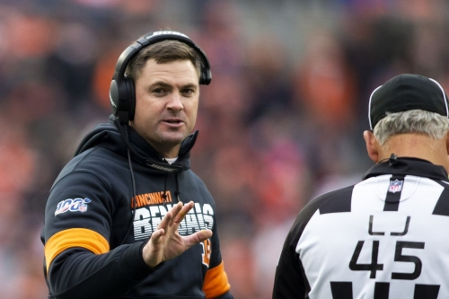 It might be time for Zac Taylor to give up play-calling duties