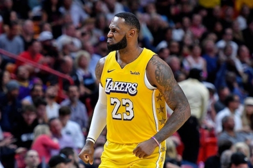 Lakers News: LeBron James Takes Responsibility For First Half Struggles Against Heat