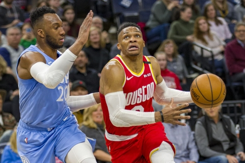 Rockets down Timberwolves behind Westbrook's 45 points